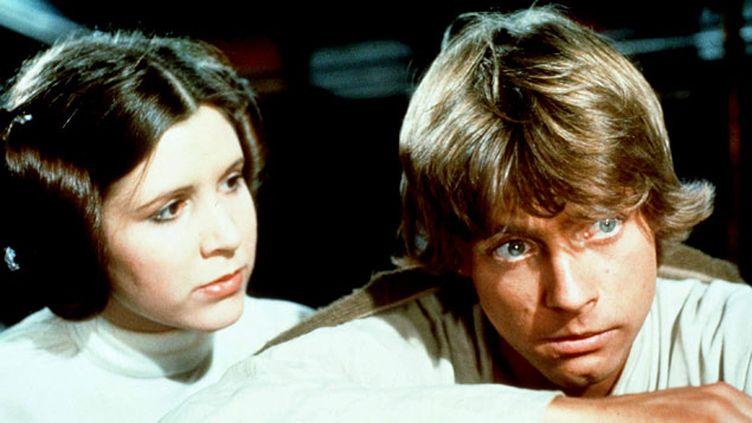 (Princesse Leia (Carrie Fisher) dans le premier épisode de la saga Star Wars en 1977 © Maxppp)