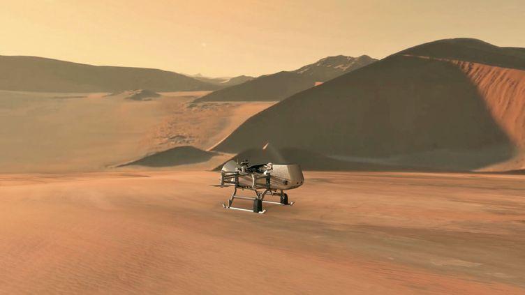 """Illustration du drone """"Dragonfly"""" de la Nasa, qui doit se rendre sur Titan, lune de Saturne, en 2034. (NASA)"""