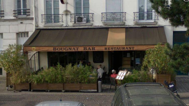 C'est dans ce bar de Saint-Mandé qu'un homme a été abattu mardi 29 octobre 2013. (GOOGLE STREET VIEW / FRANCETV INFO)