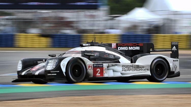 La Porsche numéro 2, victorieuse aux 24 Heures du Mans ! (JEAN-SEBASTIEN EVRARD / AFP)