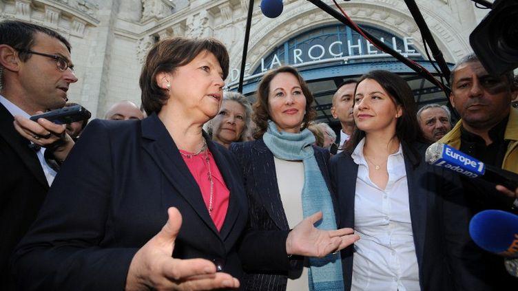 Martine Aubry et Cécile Duflot sont venues à la Rochelle soutenir Ségolène Royal, candidate aux législatives face au dissident Olivier Falorni le mercredi 12 juin 2012. (XAVIER LEOTY / AFP)