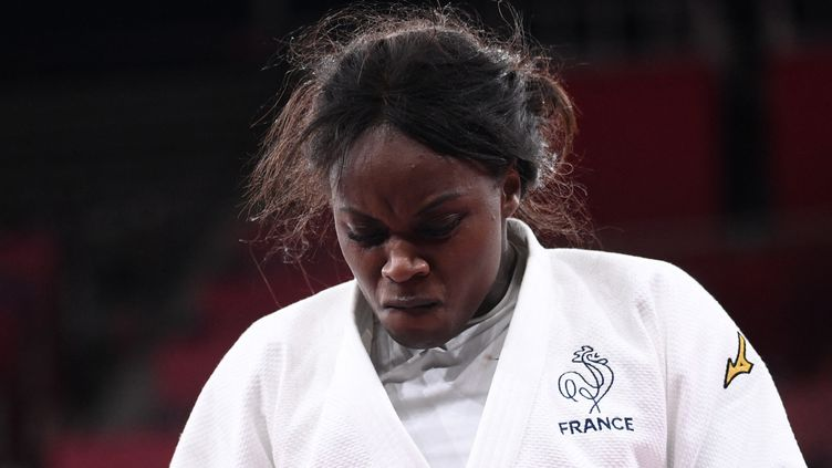 La judokate française Madeleine Malonga, battue en finale du tournoi olympique dans la catégorie des -78 kg, jeudi 29 juillet au Nippon Budokan de Tokyo. (FRANCK FIFE / AFP)
