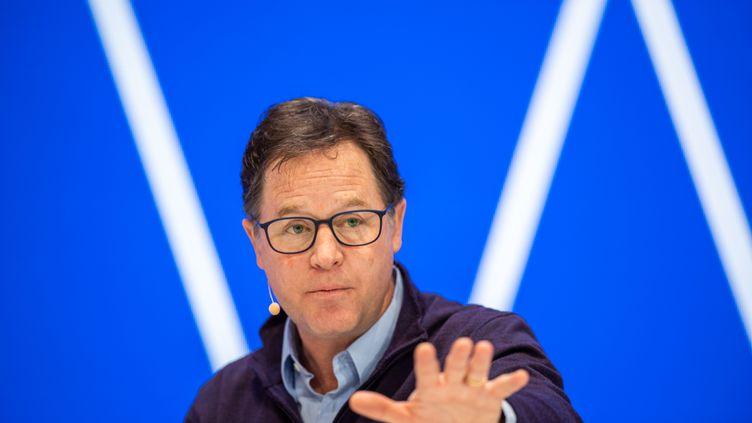 Nick Clegg, vice-président de Facebook chargé des affaires publiques, intervient sur scène lors de la conférence sur l'innovation, le 20 janvier 2020 à Munich, en Allemagne. (LINO MIRGELER / DPA / MAXPPP)