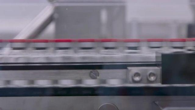 "Vrai ou fake : François Ruffin accuse Bill Gates d'avoir ""sacrifié le vaccin"" AstraZeneca"