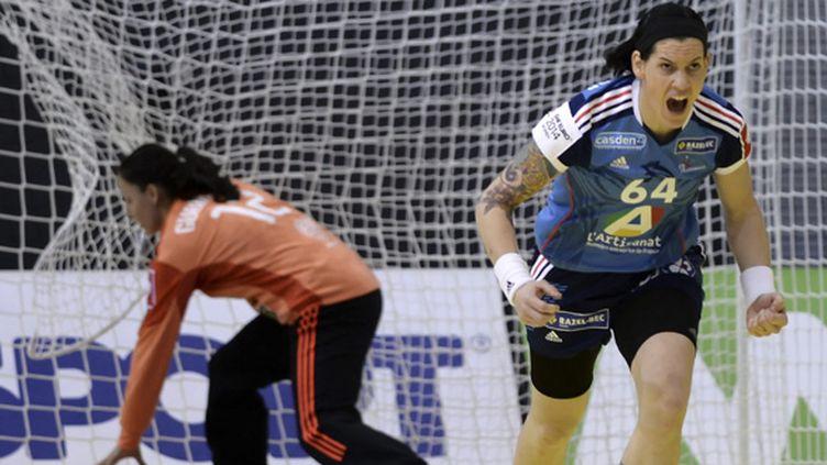 Alexandra Lacrabère, l'une des leaders, aura encore un rôle important à jouer avec les Bleues  (GEORGI LICOVSKI / MAXPPP)
