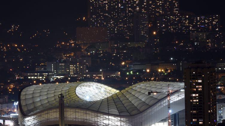 Le Stade Vélodrome avec son nouveau toit (BORIS HORVAT / AFP)