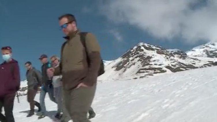Les vacances de février se terminent.À la montagne, la fréquentation est en baisse.Reportage à ValThorensen Savoie. (FRANCE 3)