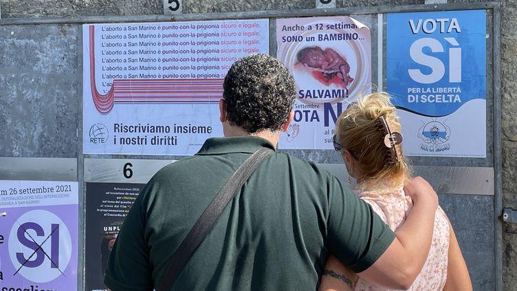 Quarante-trois ans après l'Italie voisine, la République de Saint-Marin a approuvé, au cours d'un référendum, la légalisation de l'avortement, le 26 septembre 2021. (BRIGITTE HAGEMANN / AFP)