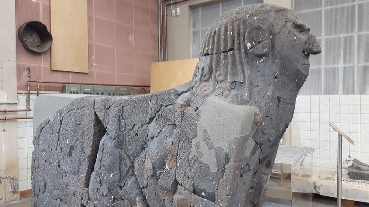 Dans les réserves du Pergamon Museum (Berlin). (ANNE CHEPEAU / RADIO FRANCE)