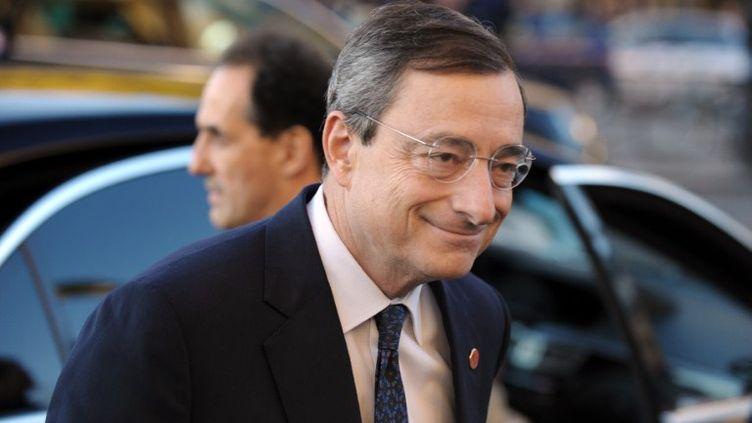 Mario Draghi, ancien gouverneur de la Banque italienne, et nouveau président de la Banque centrale européenne, à Paris, le 14 octobre 2011. (ERIC PIERMONT / AFP)