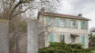 Maison construite sur les ruines d'une ferme ayant appartenue à la famille du poète Rimbaud, mars 2017  ( HOCQUART CARL/SIPA)