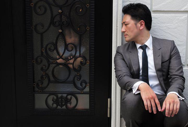 """Ishii Yuichi dans """"Family Romance, LLC"""" de Werner Herzog. (Copyright Nour Films)"""