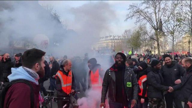 Réforme des retraites : des manifestants très déterminés et prêts à ne pas faire de trêve pour Noël
