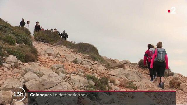 Tourisme : dans les calanques de Cassis, les vacanciers sont éblouis