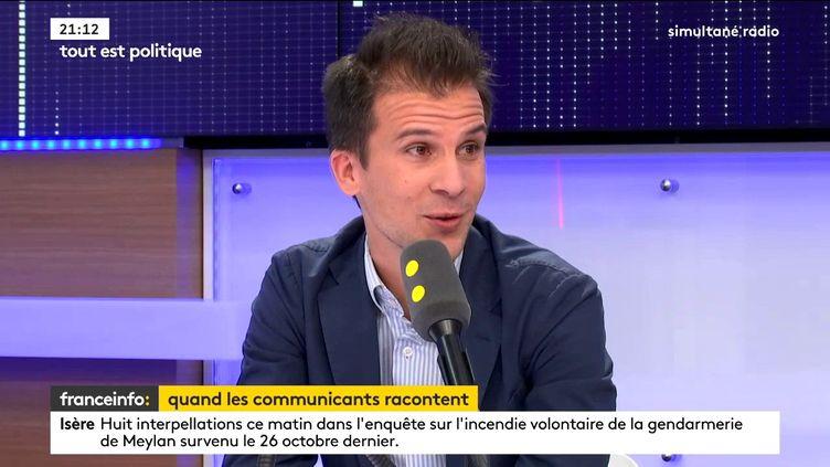 Gaspard Gantzer, ancien conseiller en communication du président de la République François Hollande, était l'invité de Tout est politique, mercredi 8 novembre sur franceinfo. (FRANCEINFO / RADIOFRANCE)