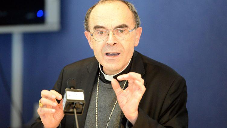 Le cardinal Philippe Barbarin, lors d'une conférence de presse à Lourdes (Hautes-Pyrénées), le 15 mars 2016. (MAXPPP)