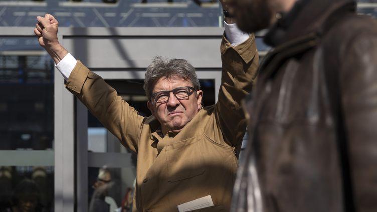Jean-Luc Mélenchon à son arrivée au Palais de justice de Bobigny, le 19 septembre 2019. (CLEMENCE CURTY / AFP)