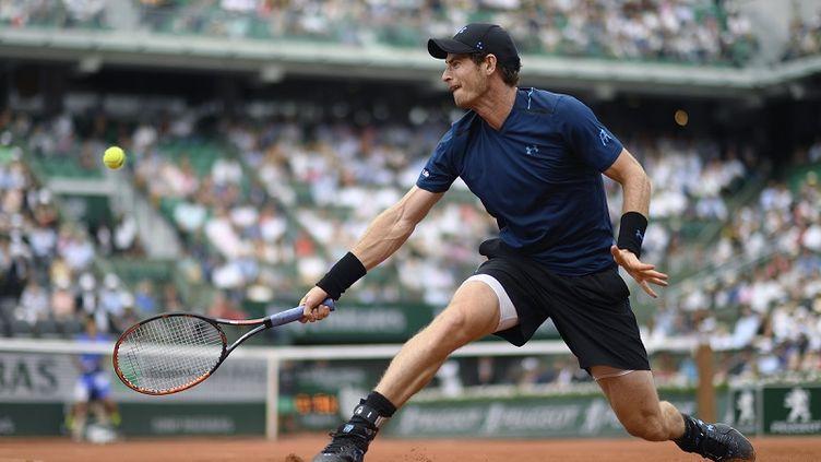 Andy Murray s'est défait d'Andrey Kuznetsov en quatre sets (6-4, 4-6, 6-2, 6-0)  (CHRISTOPHE SIMON / AFP)