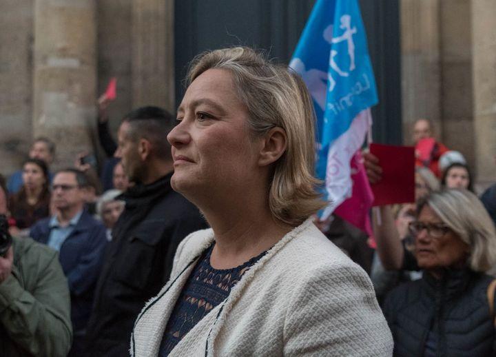 Ludovine de la Rochère devant le siège du Comité consultatif national d'éthique, le 25 septembre 2018, lors d'une mobilisation de la Manif pour tous (ESTELLE RUIZ / NURPHOTO)