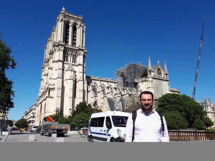 Olivier de Châlus guide de Notre Dame de Paris (BENJAMIN ILLY / FRANCE-INFO)