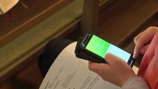 En Suède, les téléphones remplacent les billets de banque. (CAPTURE D'ÉCRAN FRANCE 3)