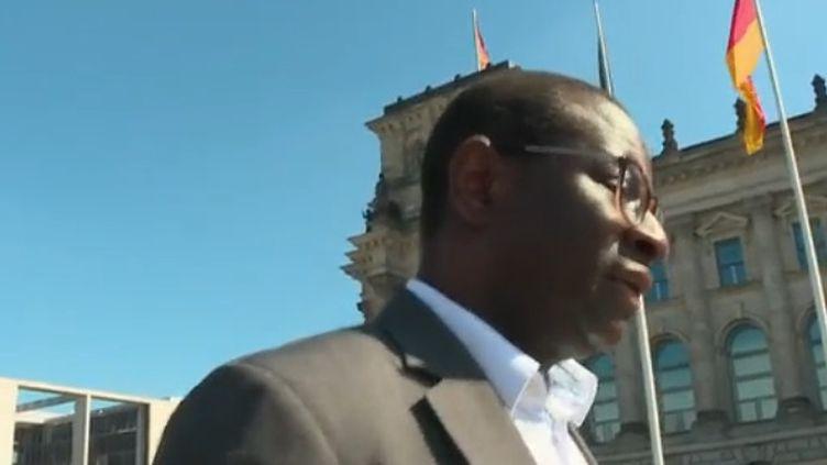 Allemagne : le combat de Karamba Diaby, premier député noir (FRANCEINFO)