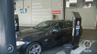 Un drive. (France 2)
