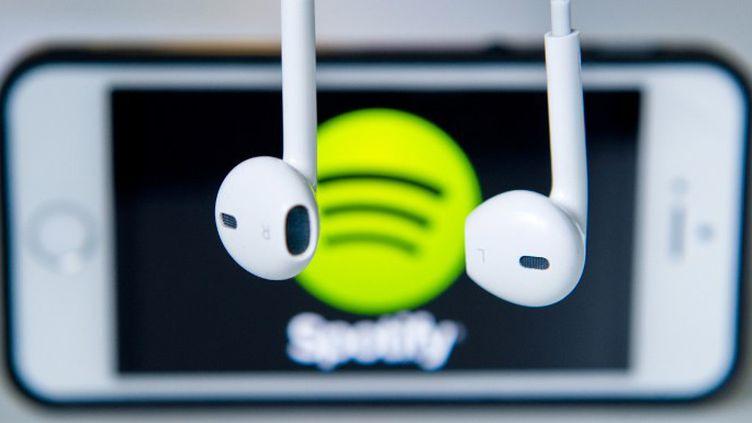 """En novembre, Spotify, pionnier du """"streaming"""" revendiquait 50 millions d'utilisateurs  (Daniel Bockwoldt / DPA / dpa Picture-Alliance)"""