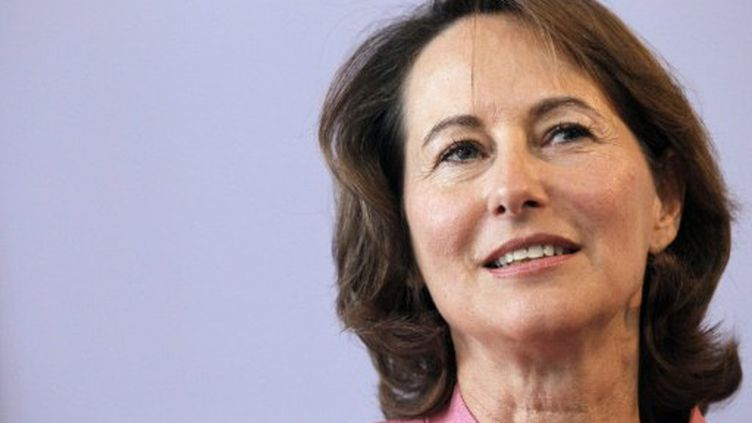 Pour Ségolène Royal, une sortie de crise passe par une responsabilisation des banques. (PATRICK KOVARIK / AFP)