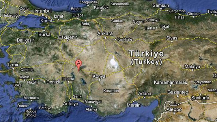 Après avoir décapité son présumé violeur, une jeune Turque a jeté sa tête sur la place de son village, Yalvac. (GOOGLE MAPS / FTVI )