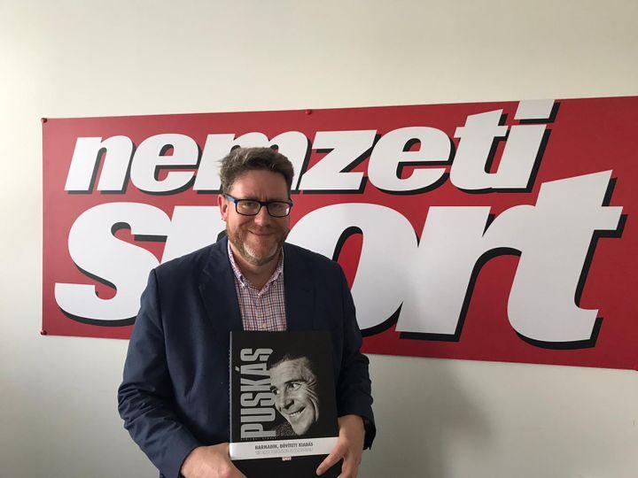 Gyorgy Szollosi, rédacteur en chef de Nemzeti Sport, le 21 juin à Budapest (Denis Ménétrier)