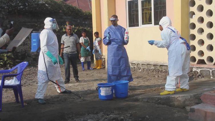Un premier cas de fièvre Ebola a été enregistré à Goma, une ville d'un million d'habitants. C'est la plus grande ville touchée depuis le début de l'épidémie en République démocratique du Congo. (France 24)