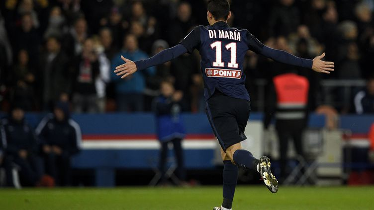 L'attaquant du PSG Angel Di Maria célèbre son but contre Toulouse, en demi-finale de la Coupe de la Ligue, le 27 janvier 2016. (FRANCK FIFE / AFP)