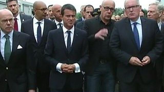 Manuel Valls au chevet des migrants de Calais