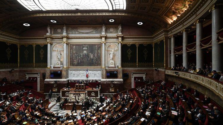 Les députés ont voté le premier amendement du projet de loi de réforme de retraites, le 22 février 2020. (PHILIPPE LOPEZ / AFP)