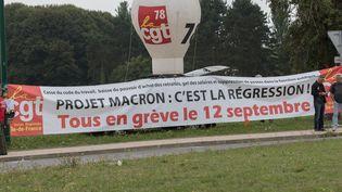 La CGT et Solidaires appellent à manifester contre la loi Travail, le 30 août 2017 à Jouy-en-Josas (Yvelines). (JPNVHB / MAXPPP)