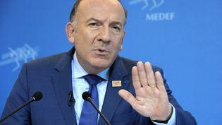 Pierre Gattaz, patron du Medef, lors de sa conférence de presse mensuelle, le 14 octobre 2014. (ERIC PIERMONT / AFP)