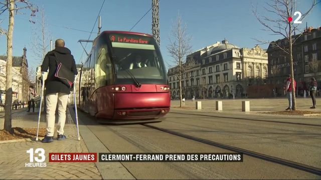 """""""Gilets jaunes"""" : Clermont-Ferrand prend ses précautions avant la manifestation"""