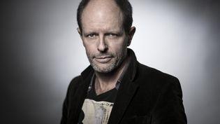 L'auteur français Bernard Minier, à Paris le 2 février 2018 (JOEL SAGET / AFP)