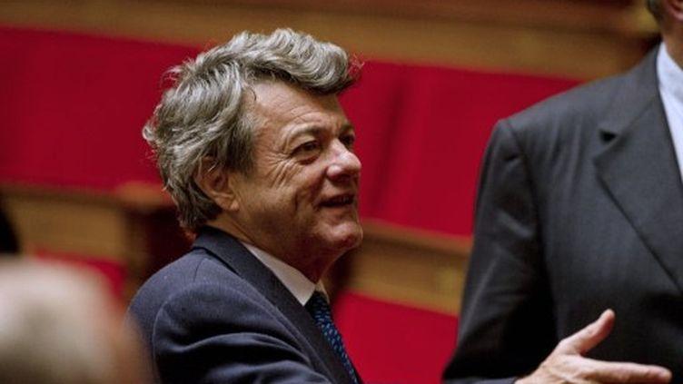 Jean-Louis Borloo participe à la session de questions au gouvernement, à l'Assemblée nationale, le 15 novembre 2011. (AFP - Fred Dufour)