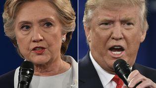 Hillary Clinton et Donald Trump, candidats à la Maison Blanche, lors du deuxième débat présidentiel à Saint-Louis (Etats-Unis), le 9 octobre 2016. (PAUL J. RICHARDS / AFP)