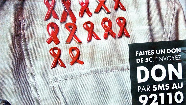 Le 25e Sidaction s'ouvre ce vendredi soir, les médecins alertent sur la banalisation de l'épidémie. (SEBASTIEN JARRY / MAXPPP)