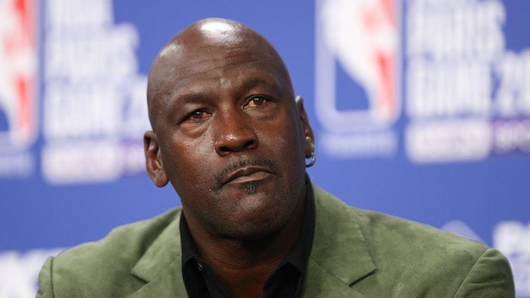 Le basketteur Michael Jordan en conférence de presse, à Paris, le 24 janvier 2020. Photo d'illustration (ARNAUD JOURNOIS / MAXPPP)