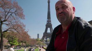 Aventure : un humoriste français part à la conquête du public chinois (France 2)