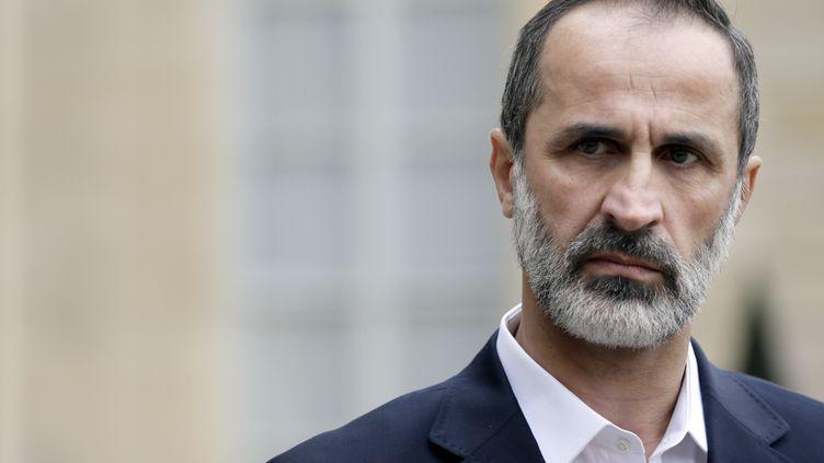 Le chef de l'opposition syrienne, Ahmed Moaz al-Khatib, lors d'une conférence de presse à l'Elysée, à Paris, le 17 novembre 2012. (KENZO TRIBOUILLARD / AFP)