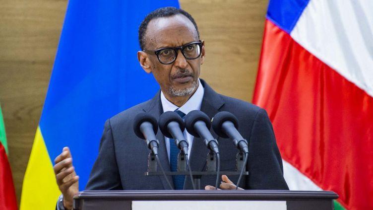 Le président rwandais Paul Kagame prononce un discours lors de la visite officielle de son homologue centrafricain Faustin-Archange Touadéra, le 5 août à Kigali au Rwanda. (HABIMANA THIERRY / ANADOLU AGENCY)