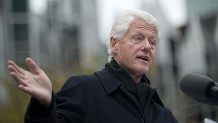 Bill Clinton le 5 novembre 2012 à Pittsburgh, en campagne pour Barack Obama.  (Jeff Swensen / Getty Images / AFP)