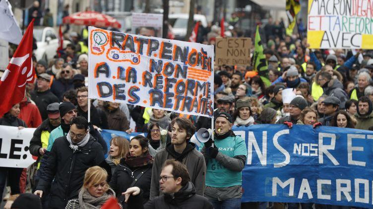Manifestation contre la réforme des retraites à Paris, le 4 janvier 2020. (FRANCOIS GUILLOT / AFP)