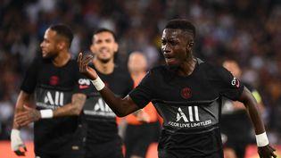 Idrissa Gueye a régné sur le milieu de terrain parisien face à Montpellier. (FRANCK FIFE / AFP)