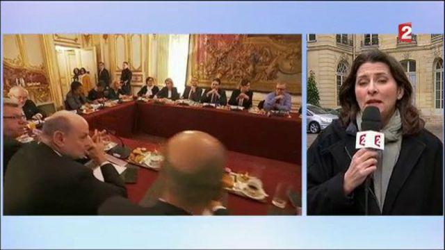 Primaire de la gauche : Cazeneuve veut éviter l'explosion du Parti socialiste